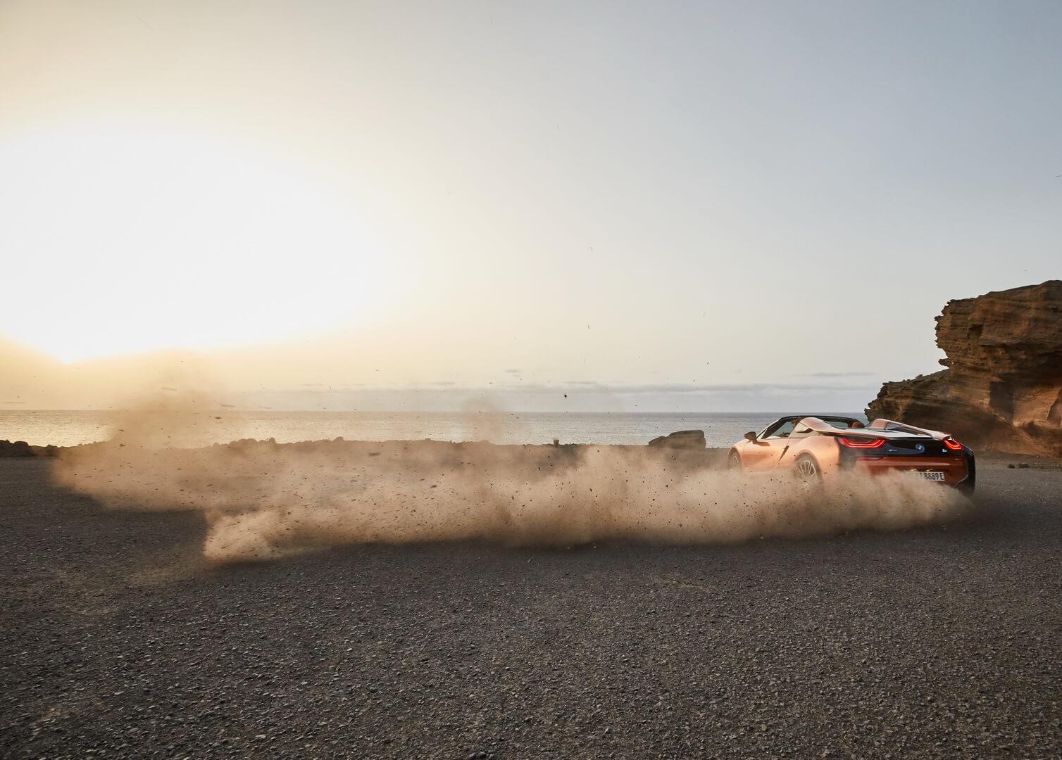 Фотография экоавто BMW i8 Родстер 2018 - фото 3