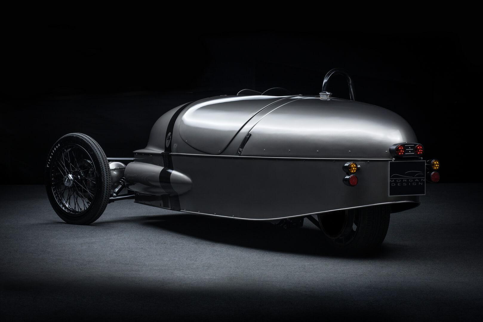 Одноместный трехколесный электромобиль Morgan EV3