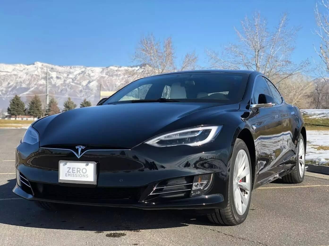Первая бронированная модель электромобиля Tesla Model SP100D