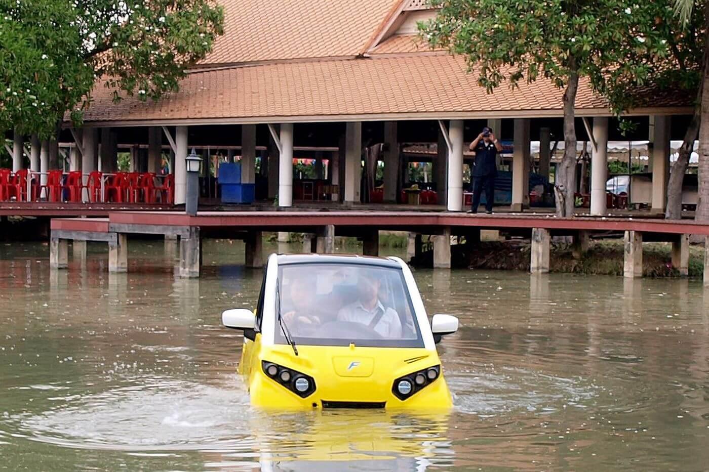 Плавающий электромобильFomm