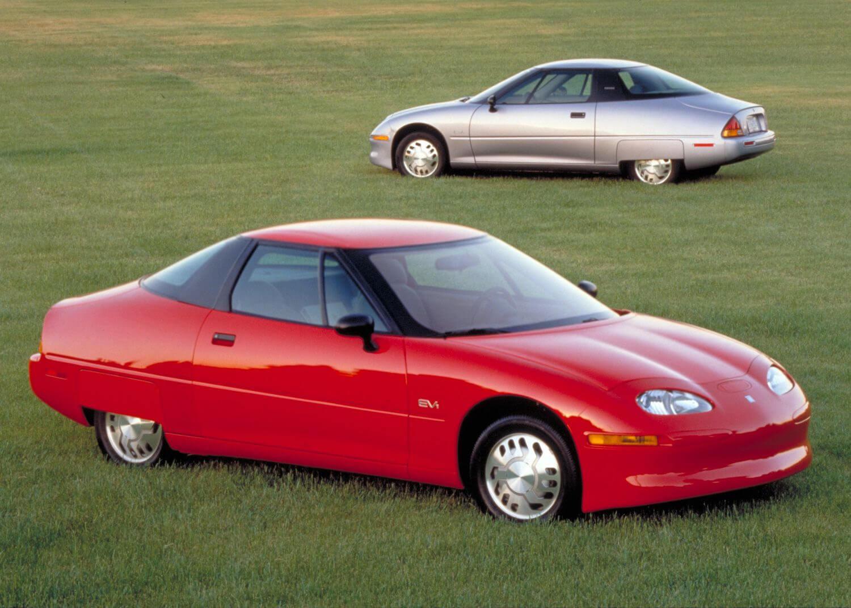 Cерийный электромобиль GM Impact EV1