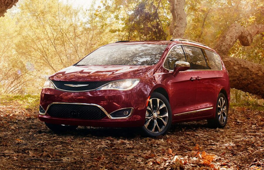 Плагин-гибридный минивэн Chrysler Pacifica Hybrid