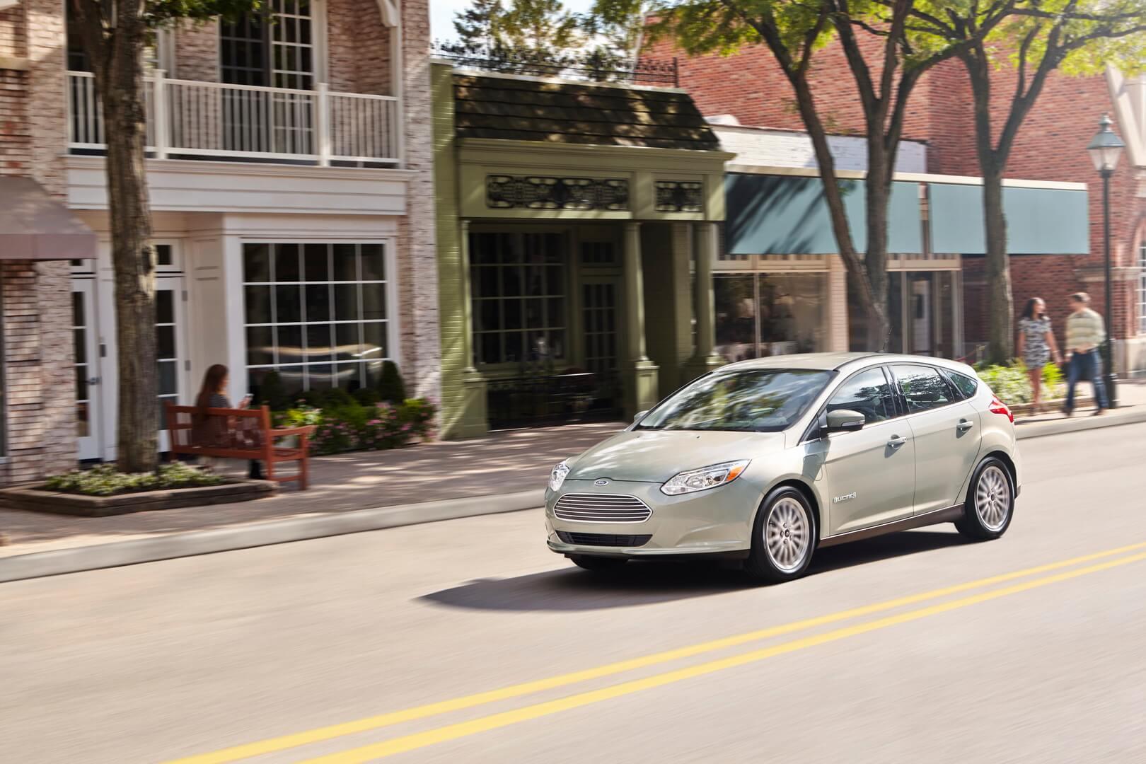Фотография экоавто Ford Focus Electric 2017 - фото 7