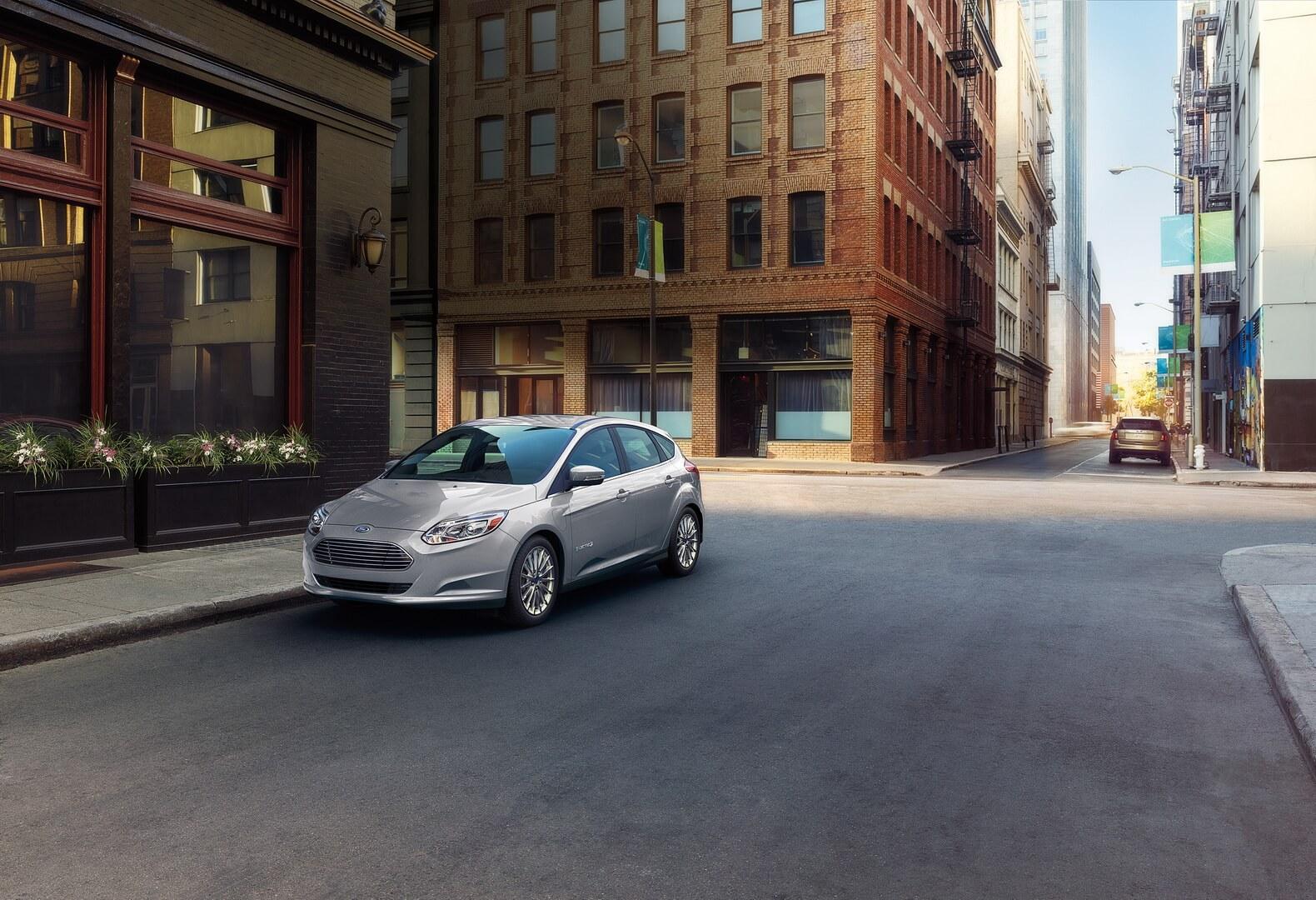 Фотография экоавто Ford Focus Electric 2017 - фото 10
