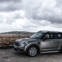 Фотография экоавто Mini Cooper S E Countryman All4 - фото 4