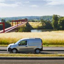 Фотография экоавто Renault Kangoo Z.E. 2017 - фото 26