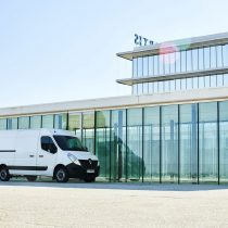 Фотография экоавто Renault Master Z.E. - фото 7
