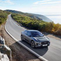 Фотография экоавто Jaguar I-Pace - фото 17