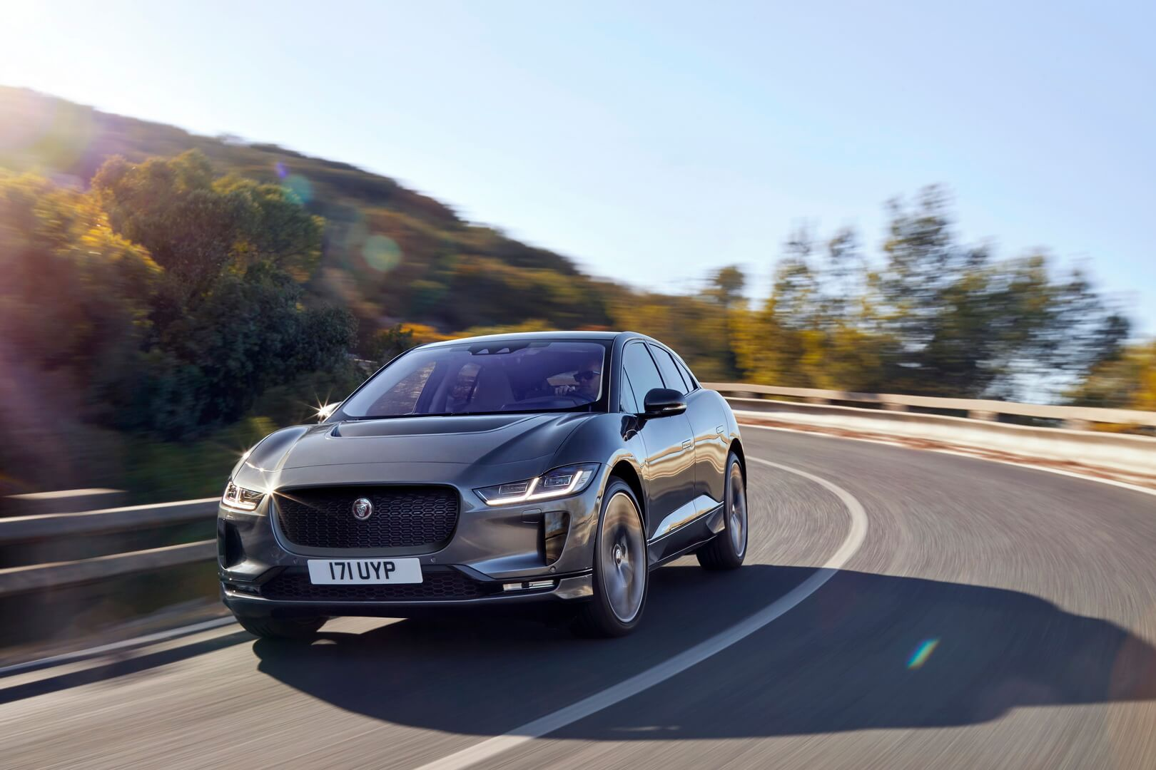 Фотография экоавто Jaguar I-Pace - фото 10