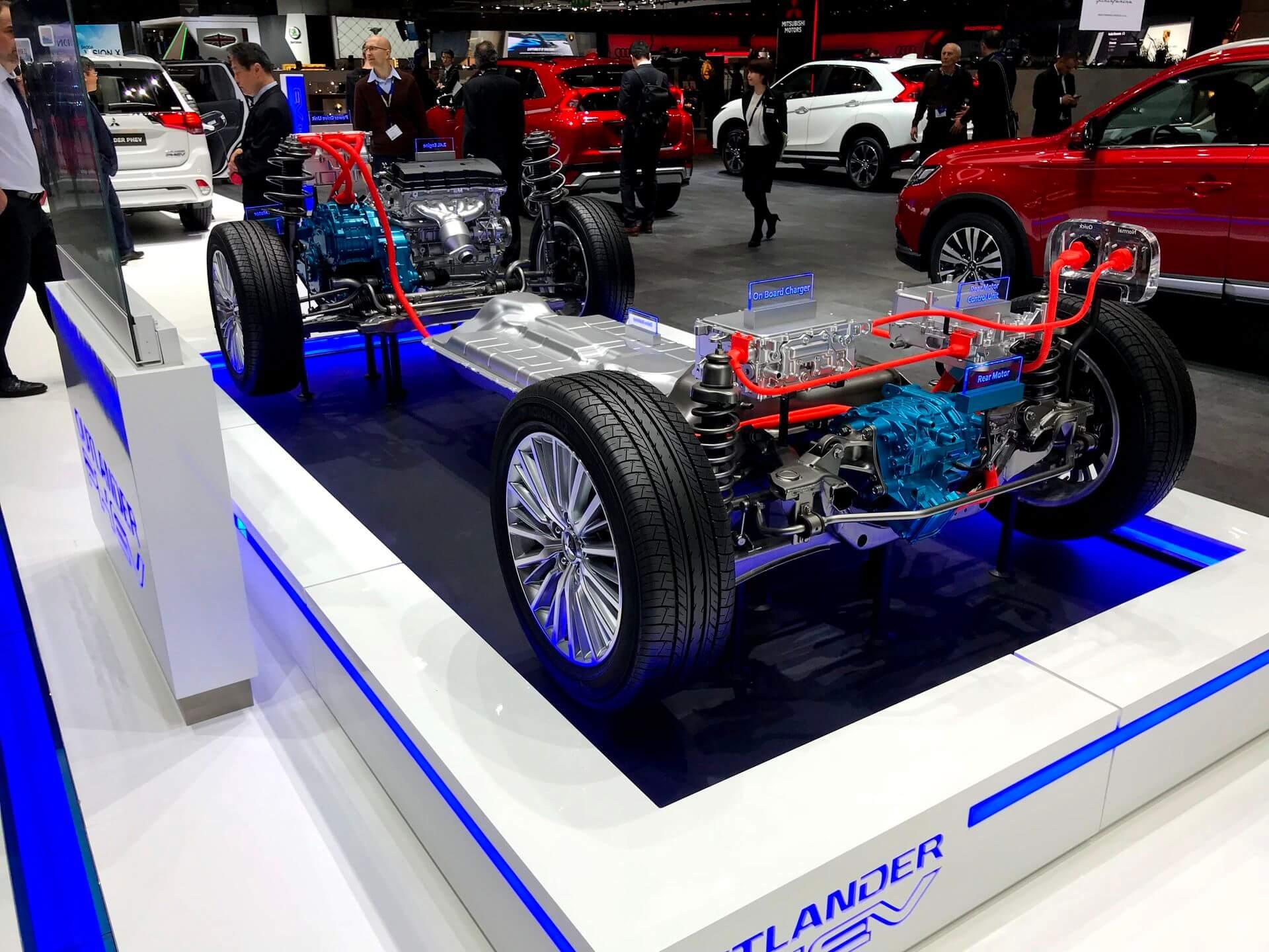 Силовая установка Mitsubishi Outlander PHEV