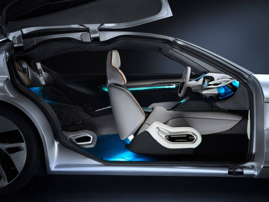 Салон Pininfarina HK GT
