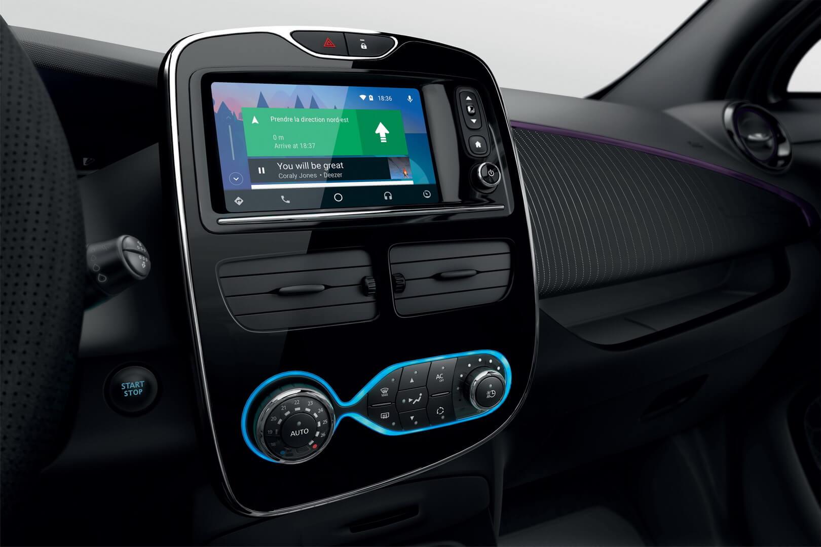 Новый фиолетовый оттенок для оформления элементов интерьера Renault ZOE 2018