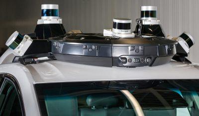 Модули на крыше Chevrolet Bolt с датчиками для автономного вождения электромобиля
