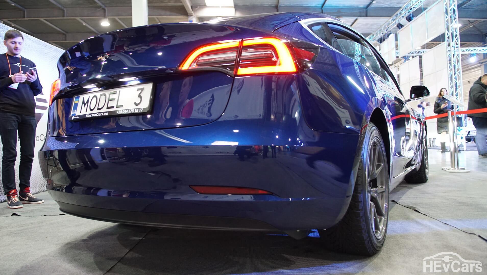 Экстерьер Tesla Model 3 — фото 6