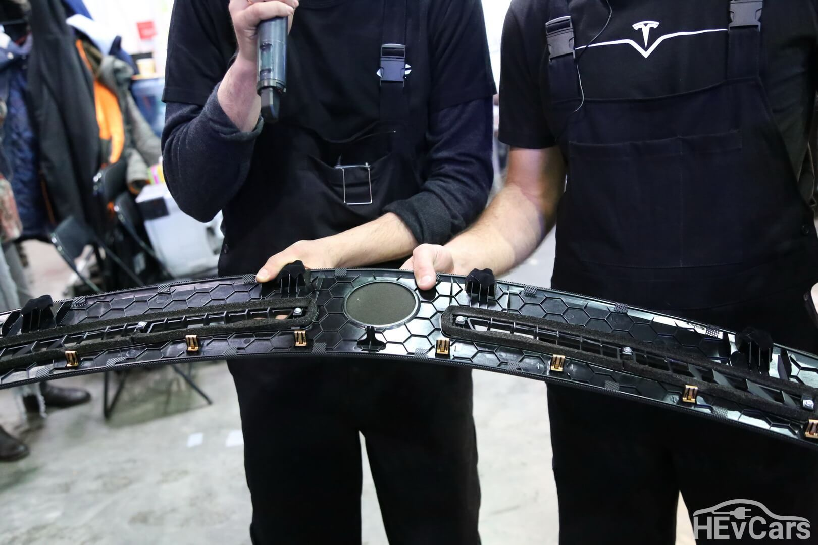 Качество деталей Tesla Model S 85