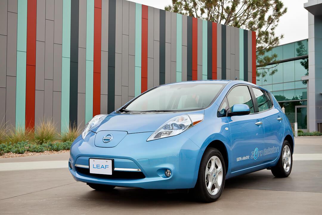 Nissan Leaf первого поколения 2010-2012