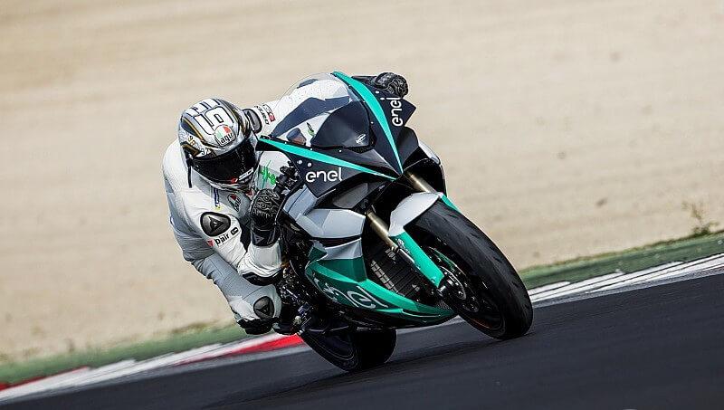 Электрический гоночный мотоцикл