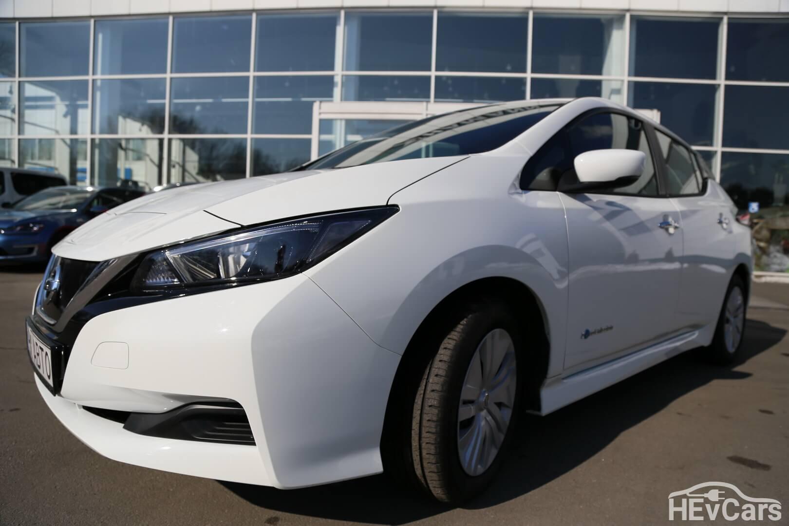 Экстерьер Nissan Leaf второго поколения