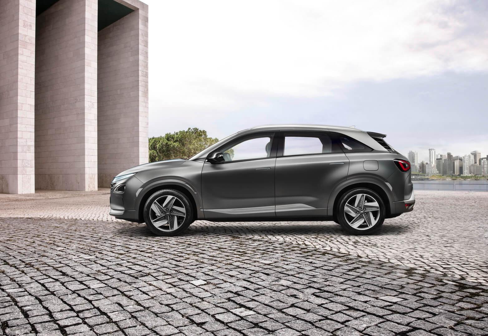 Электромобиль на топливных элементах Hyundai Nexo