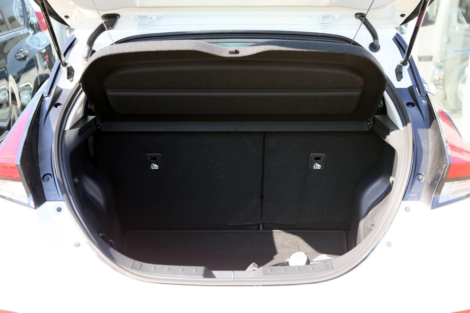 Багажное отделение Nissan Leaf второго поколения