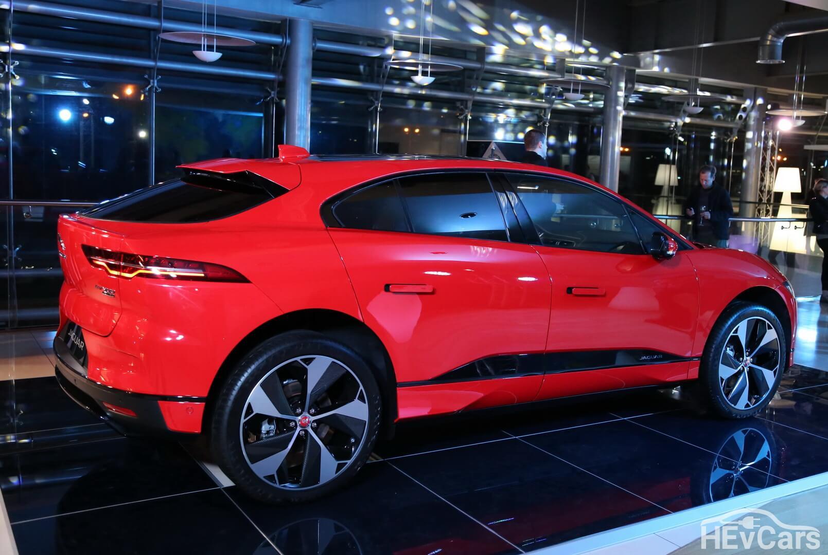 Электрический кроссовер Jaguar I-PACE