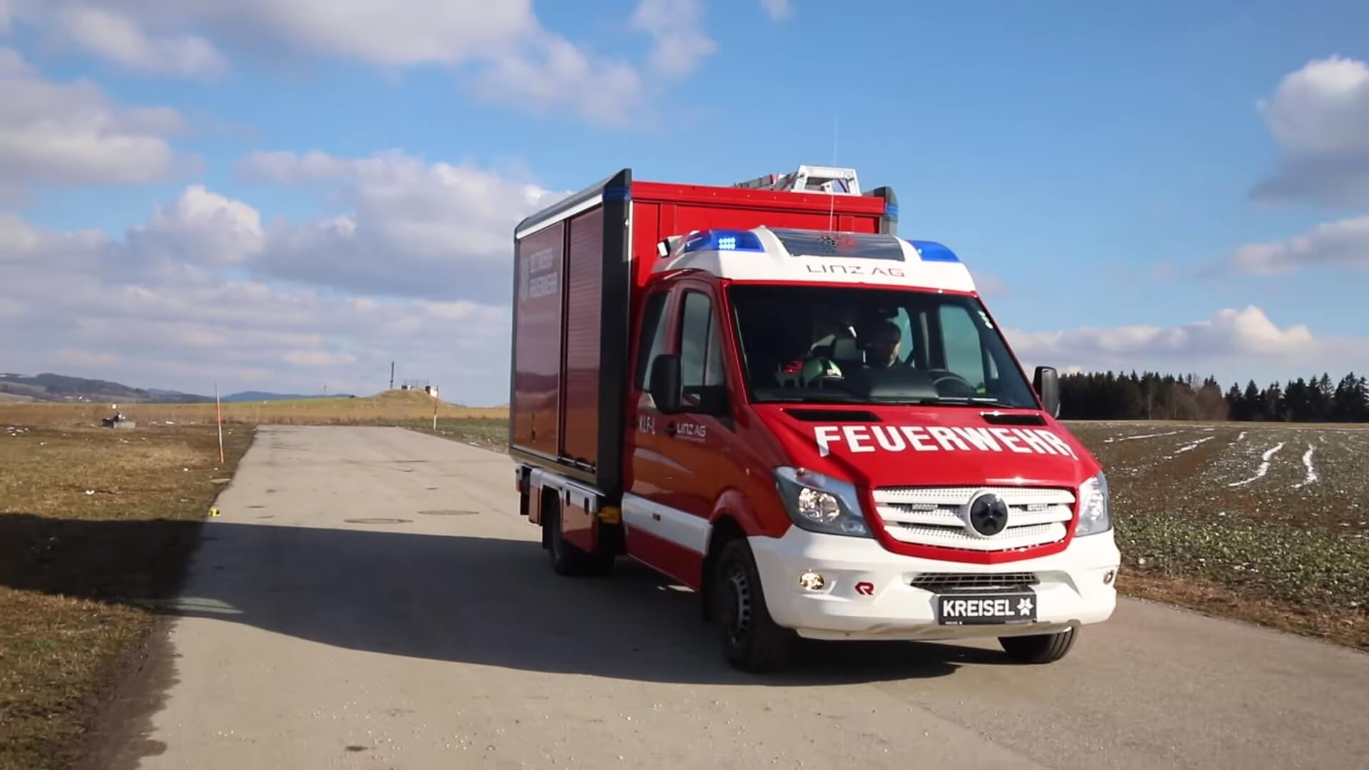Первый пожарный электромобиль от Kreisel Electric на базе Mercedes Sprinter