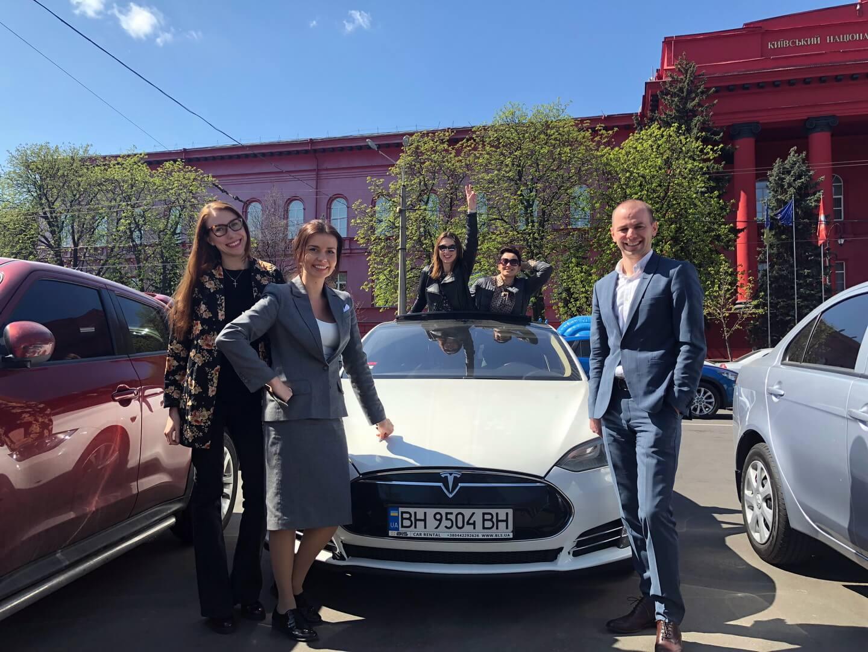 Евгений с коллегами из Академии ДТЭК