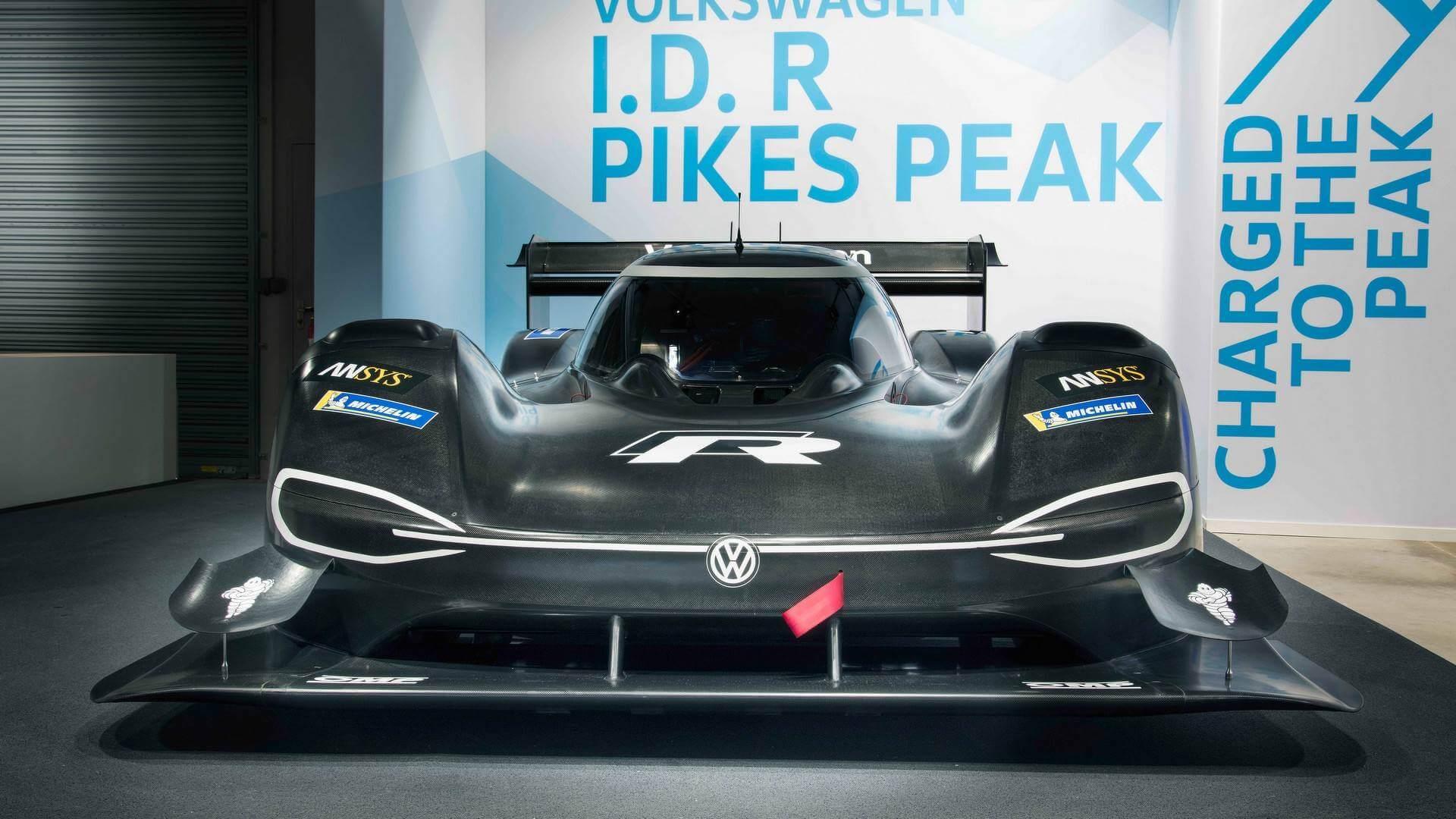 Гоночный электрокар Volkswagen I.D. R