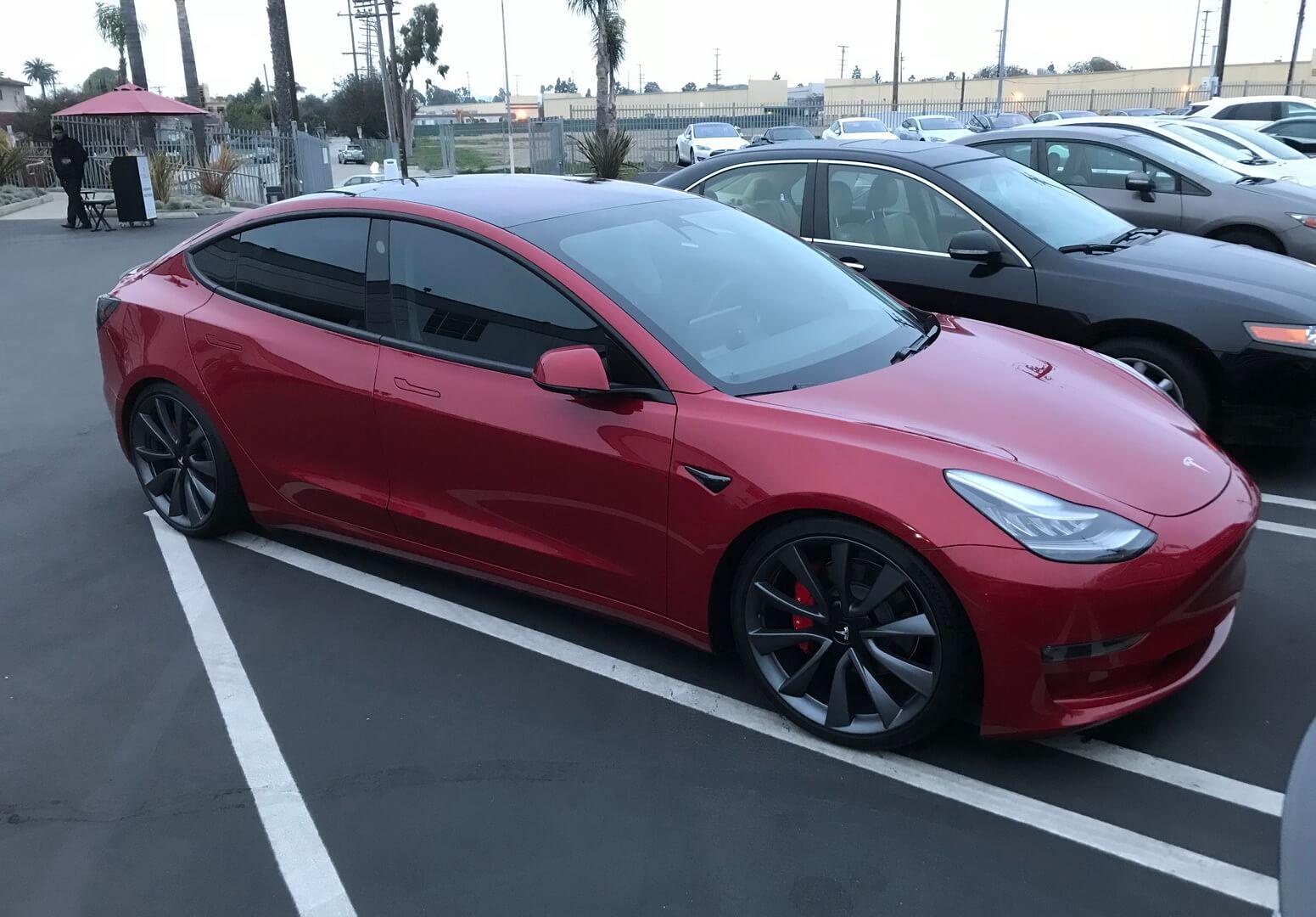 Tesla Model 3 Dual Motor Performance