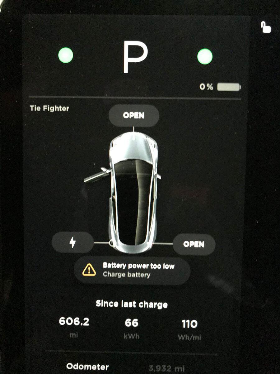 975 километров (606,2 миль) прошла Tesla Model 3 на одном заряде