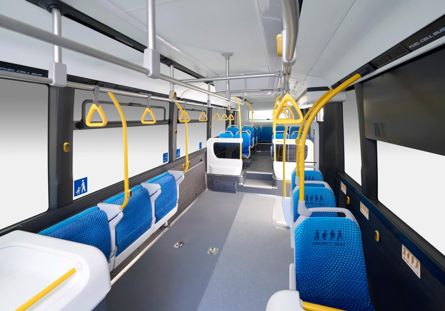Салон автобуса на топливных элементах Toyota Sora