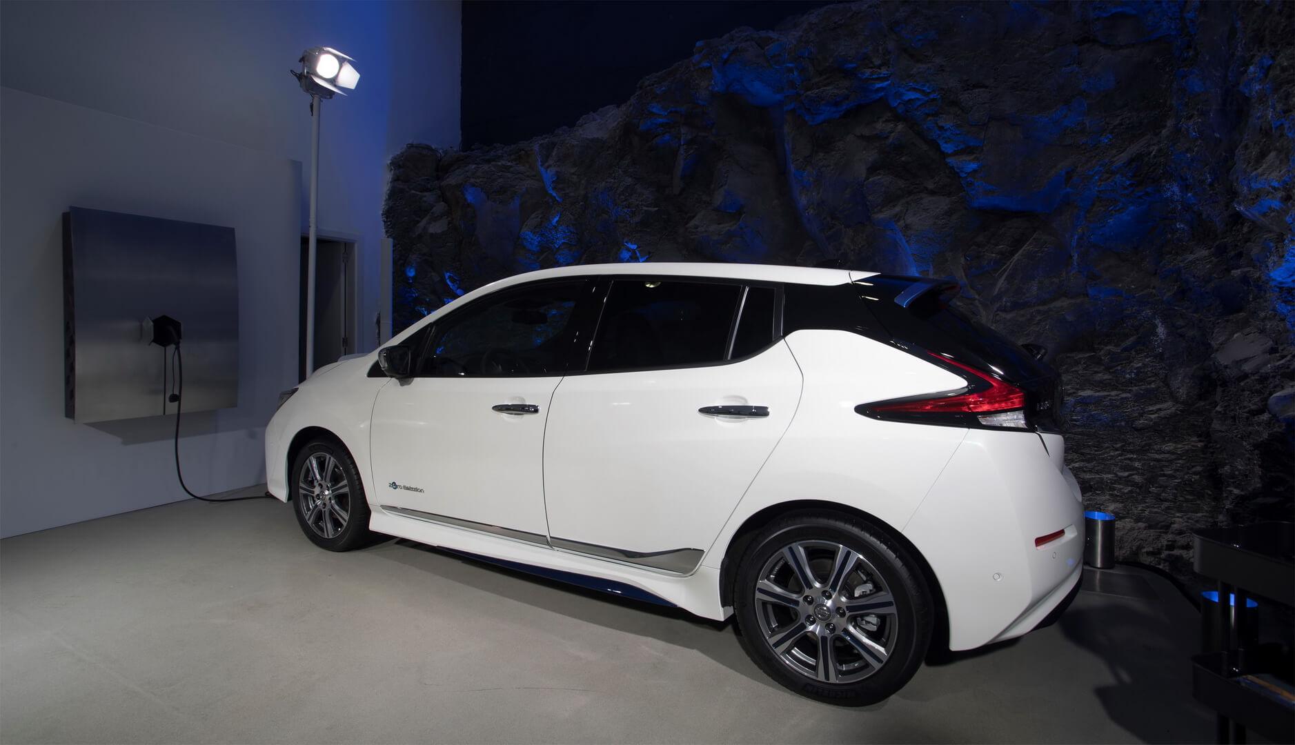 Зарядка Nissan Leaf 2018 от xStorage