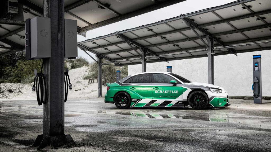 Электрический гоночный автомобиль Schaeffler 4ePerformance