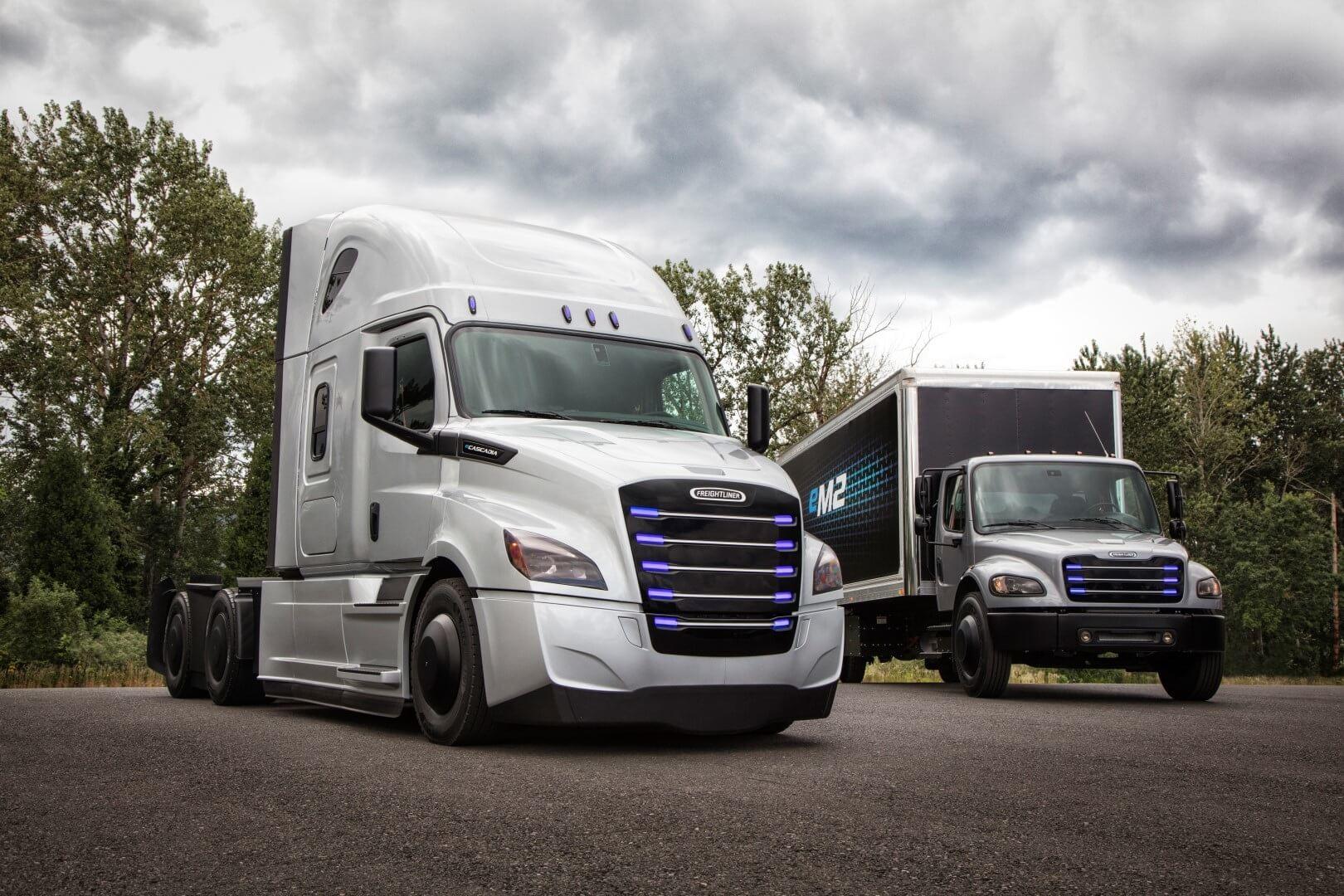 Электрические грузовики Daimler Trucks: Freightliner eCascadia и Freightliner eM2