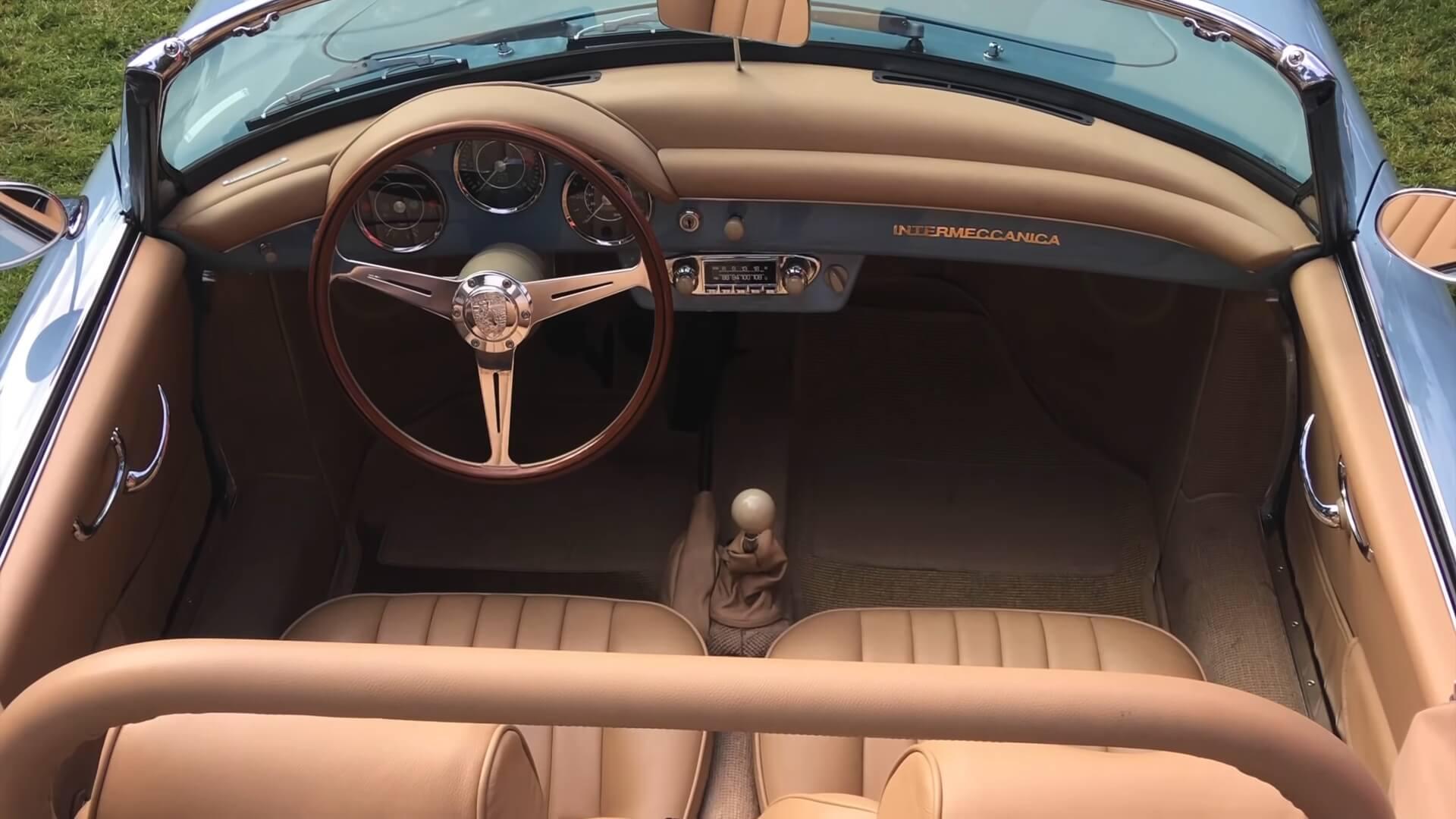 Салон E-Roadster от Electra Meccanica