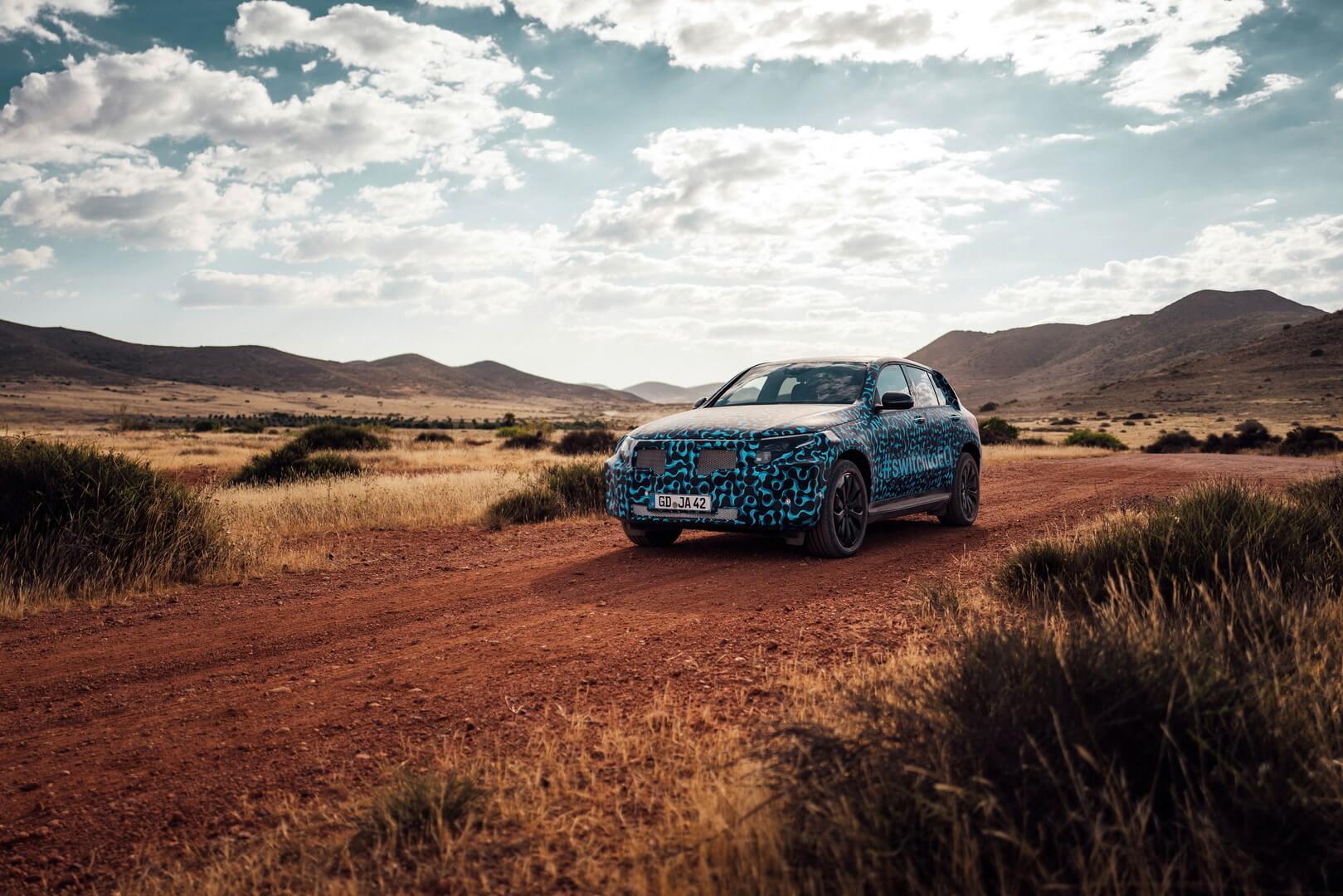 Mercedes-Benz EQC прошел серию испытаний влияния высокой температуры в Испании