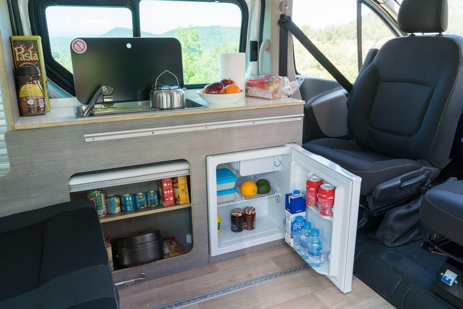 Кухня Nissan Camper