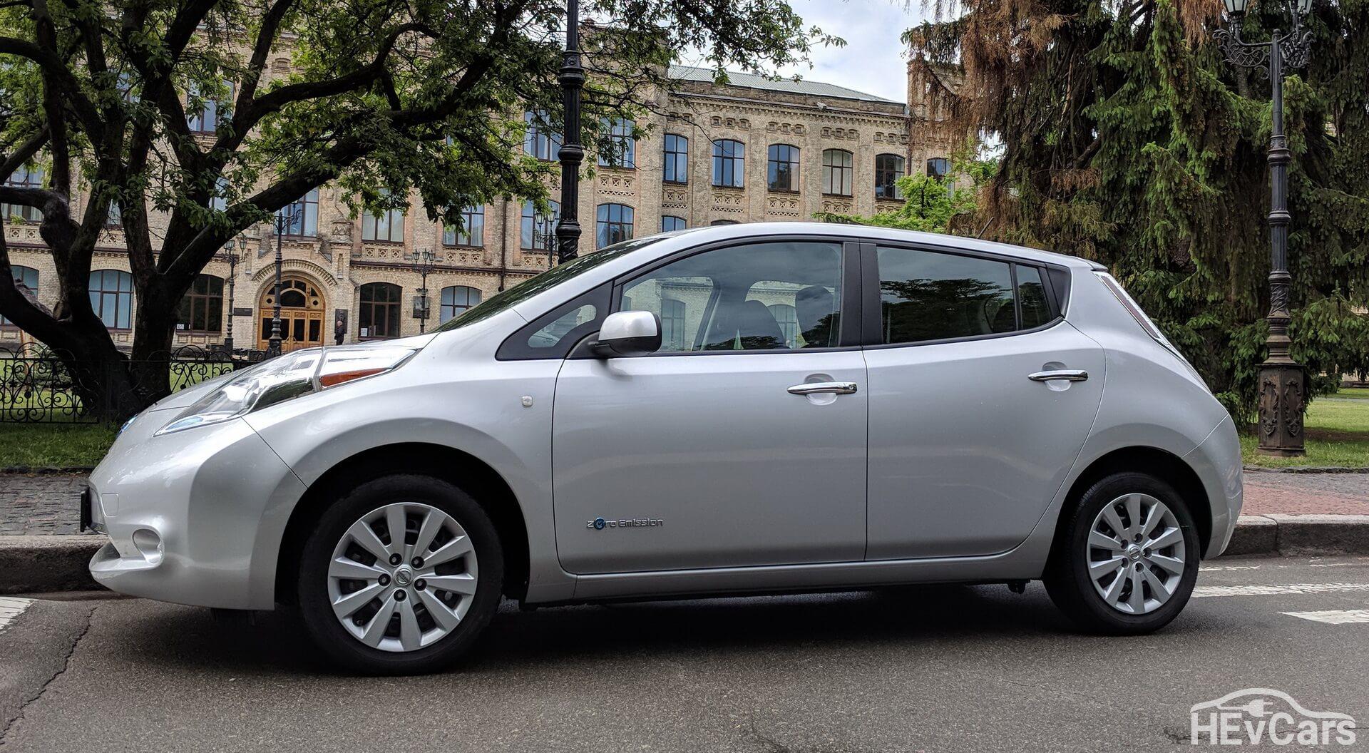 Nissan Leaf первого поколения