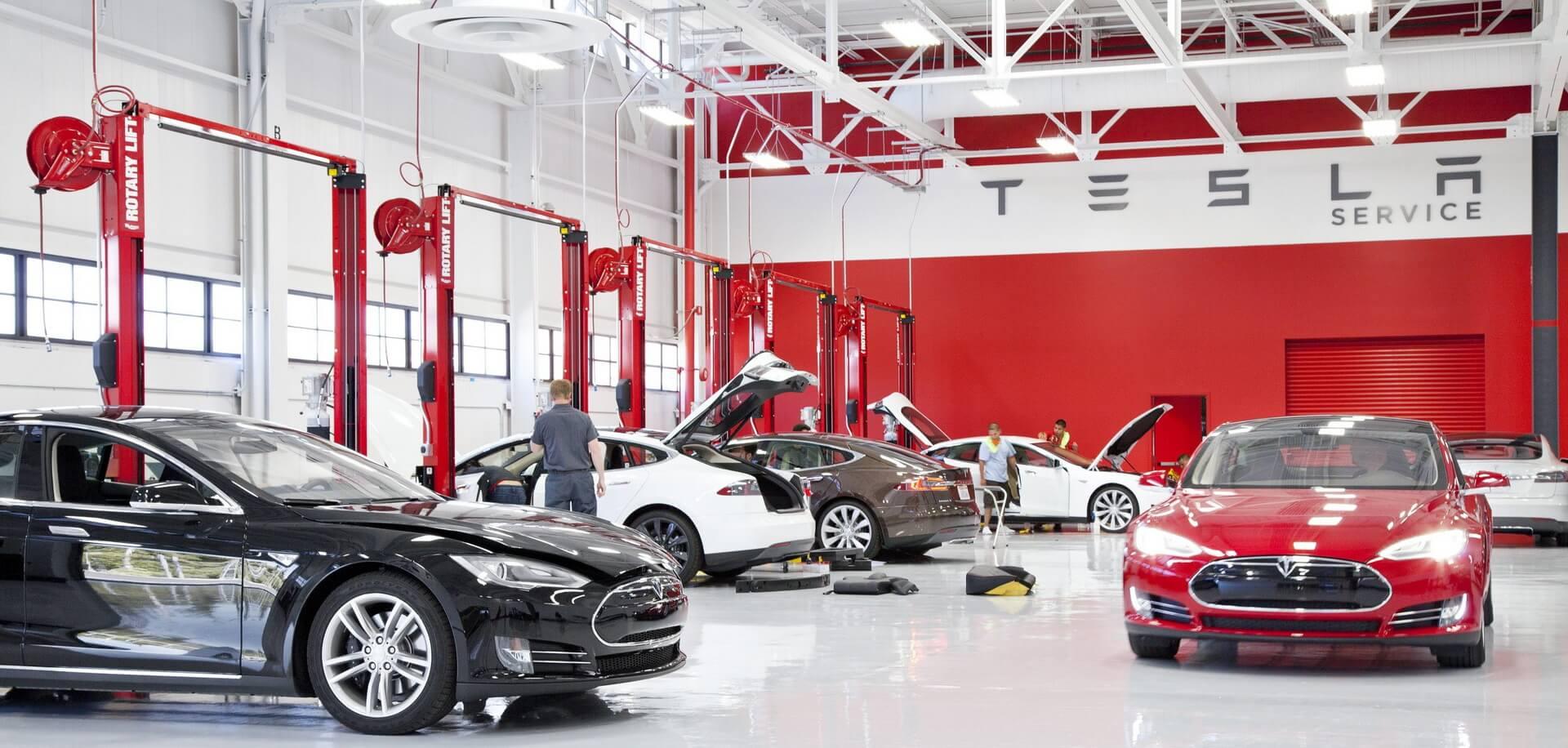 Станция технического обслуживания Tesla