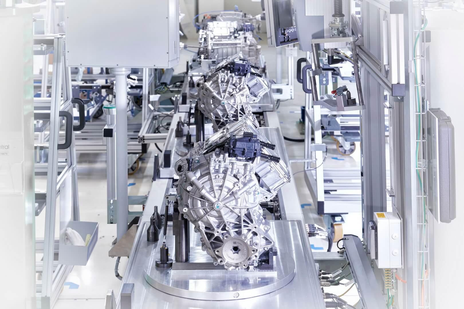 Электродвигатели Audi e-tron quattro