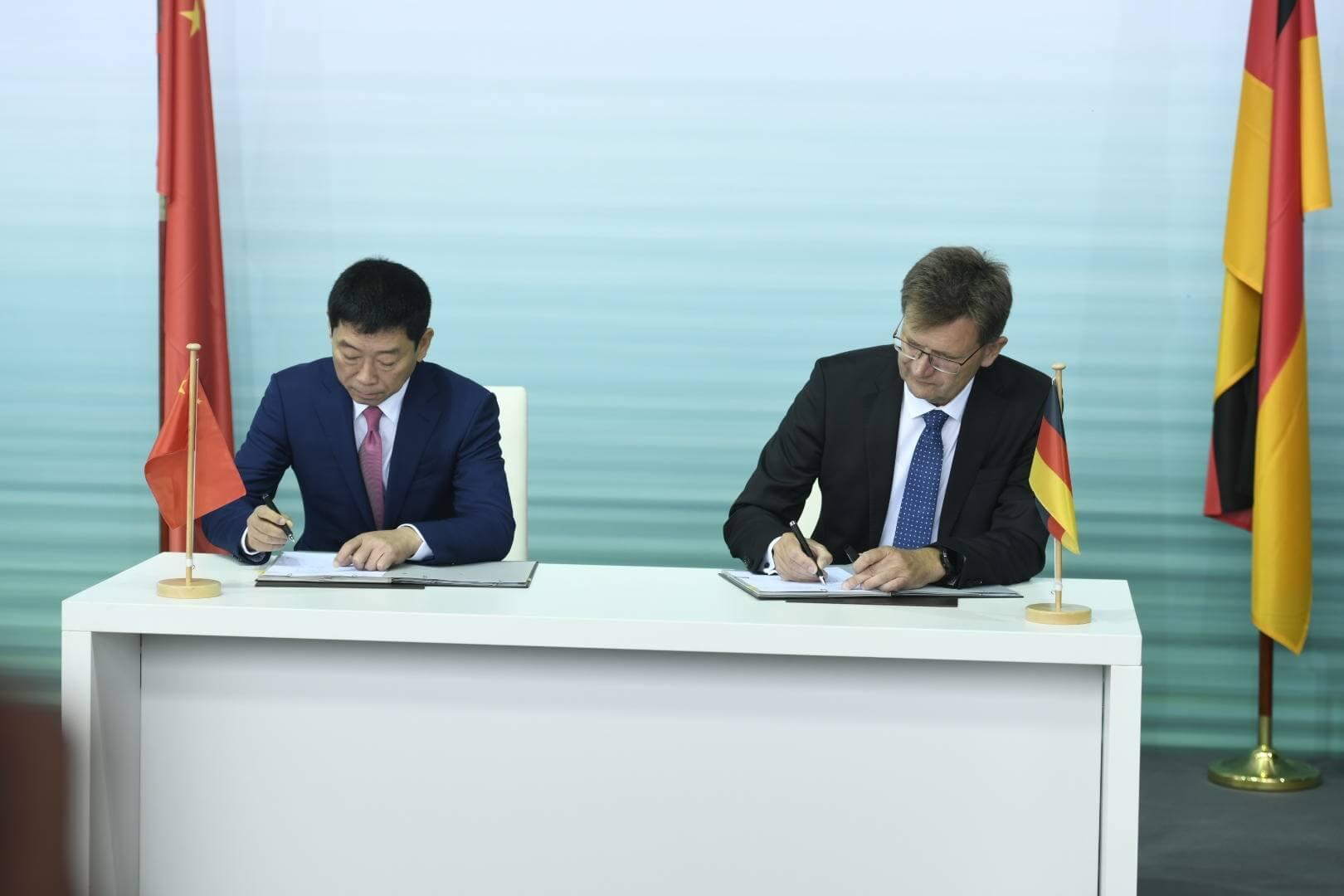 BMW Group икитайский производитель Great Wall Motor подписывают контракт