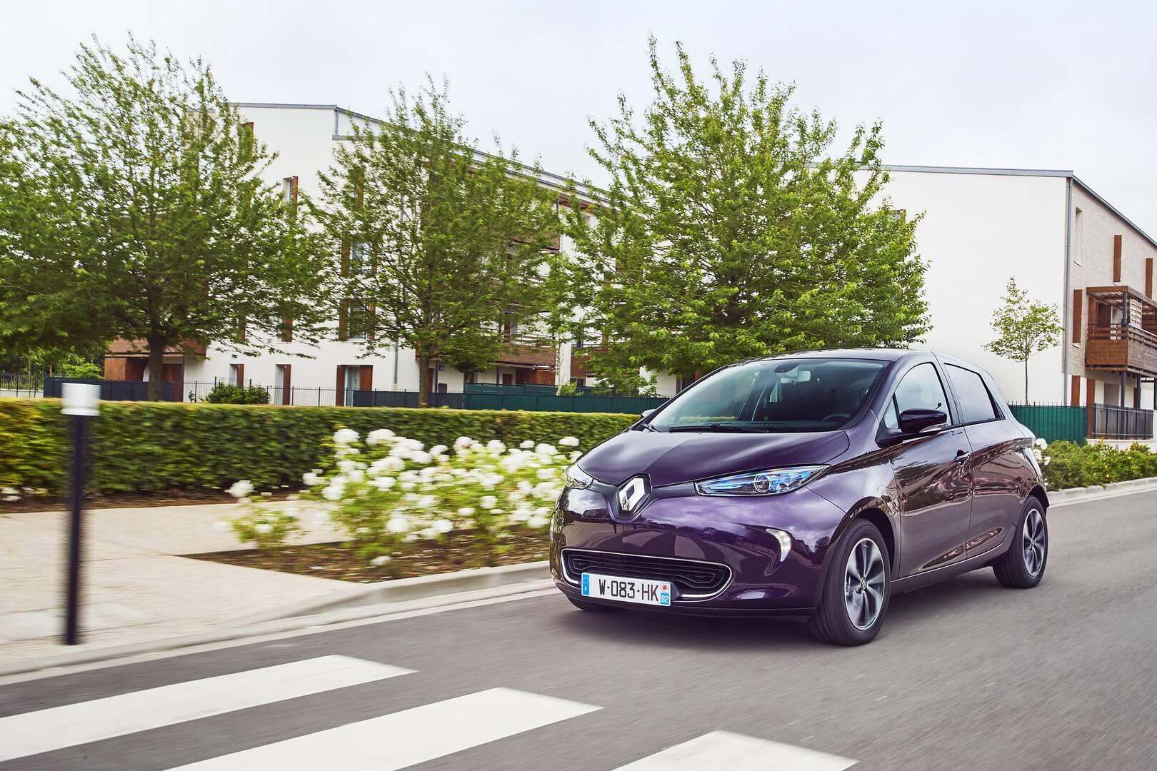Один из самых популярных электромобилей в Европе Renault ZOE