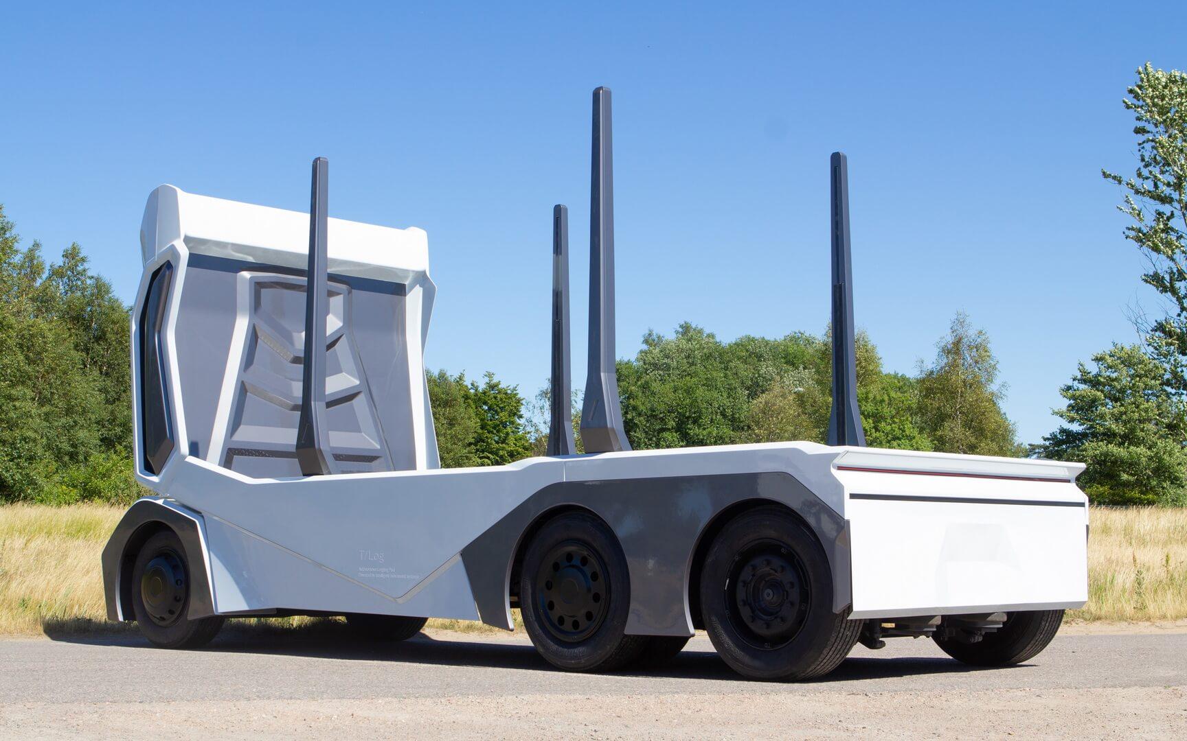 Полностью электрический автономный грузовик T/log — вид сзади
