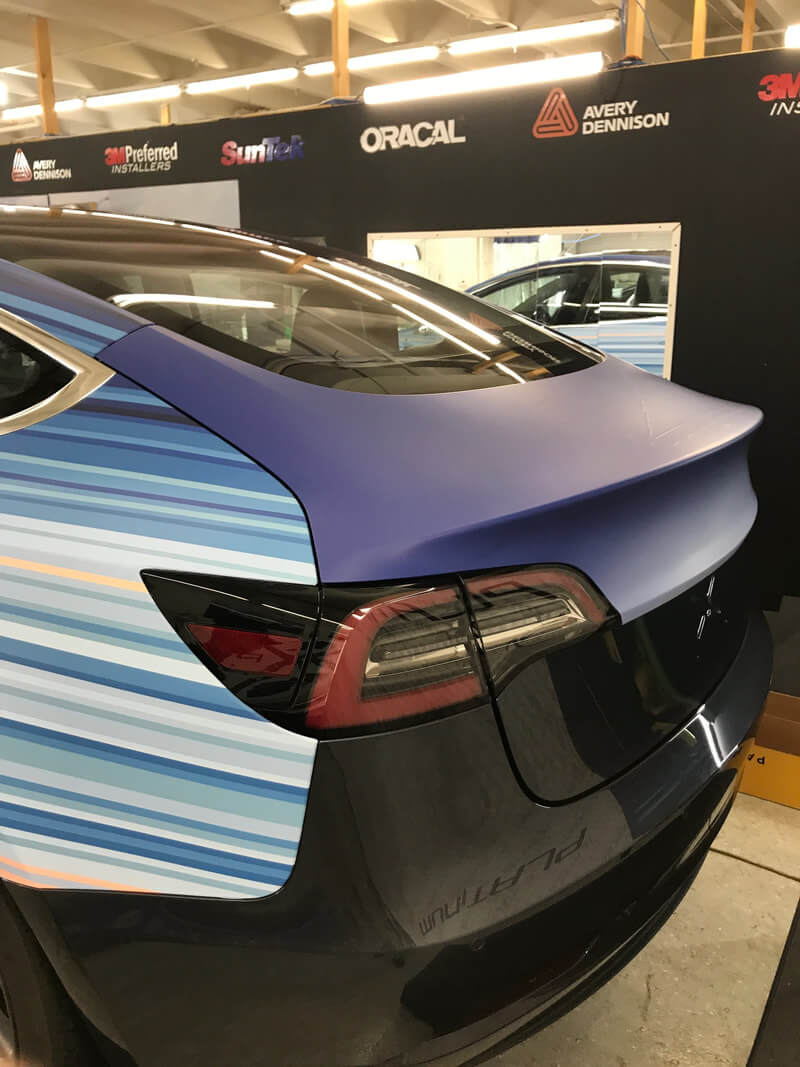 Изменения климата за 150 лет отобразили на Tesla Model 3