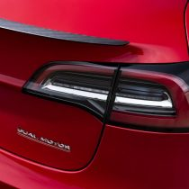 Фотография экоавто Tesla Model 3 Mid Range - фото 13