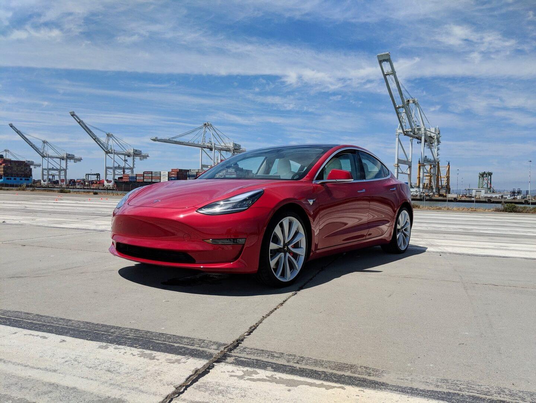 Фотография экоавто Tesla Model 3 Long Range - фото 9