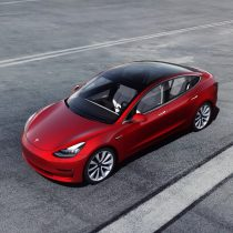 Фотография экоавто Tesla Model 3 Mid Range - фото 8