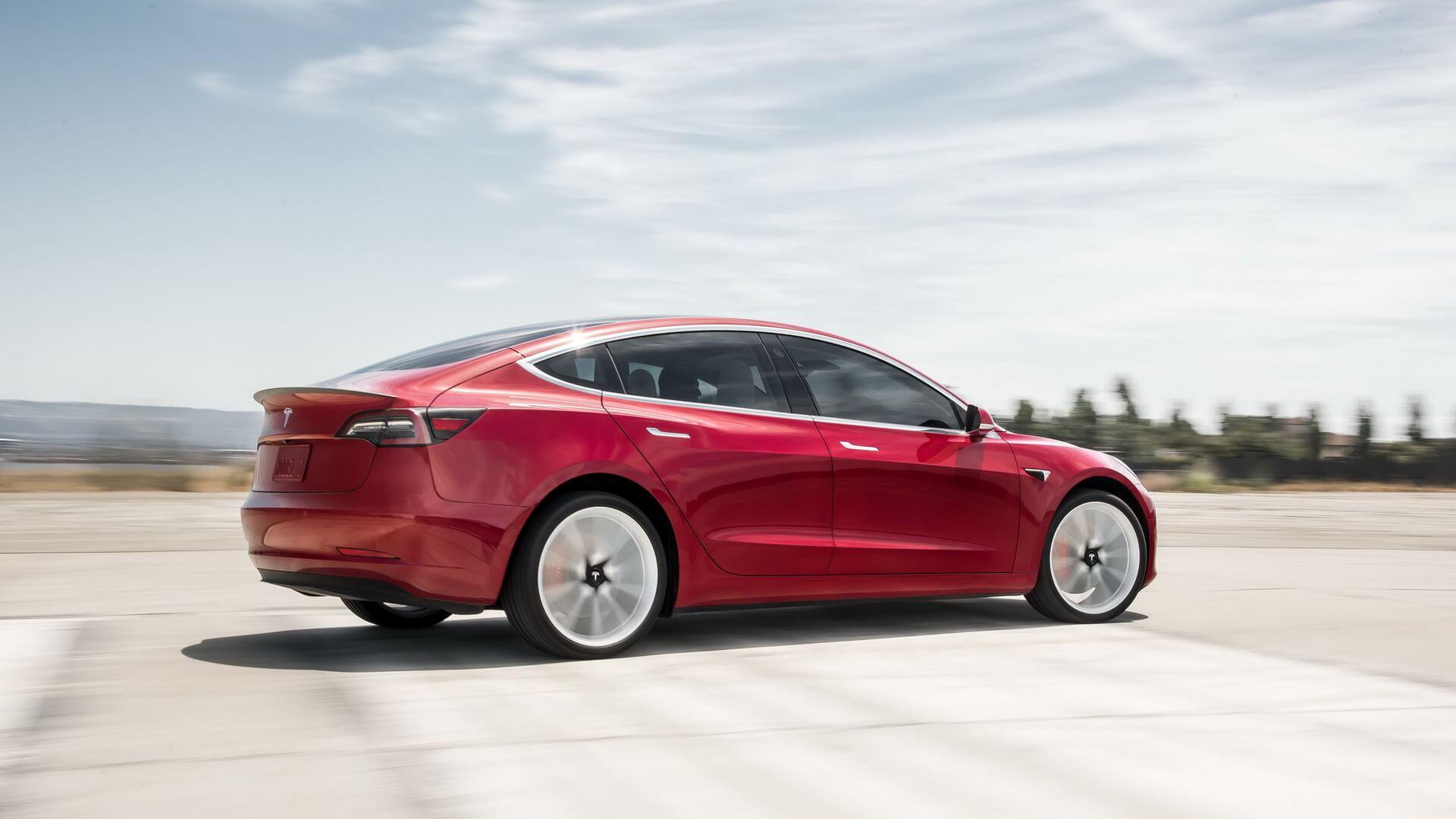 Фотография экоавто Tesla Model 3 Long Range - фото 6
