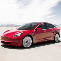 Фотография экоавто Tesla Model 3 Mid Range - фото 5