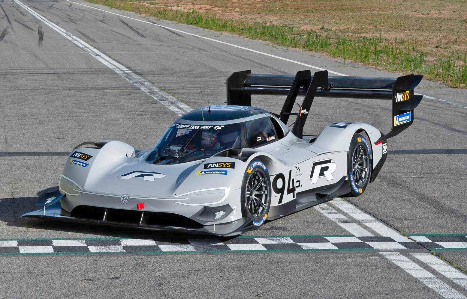 Гоночный электромобиль Volkswagen I.D. RPikes Peak на Фестивале скорости в Гудвуде
